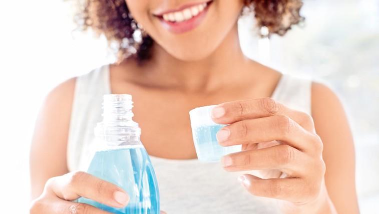Kako pravilno izvajati ustno higieno? Preverite! (foto: Profimedia)