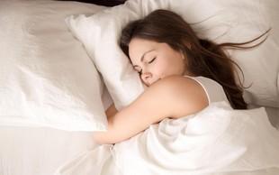 5 preprostih navad, s katerimi boste poskrbeli za trden spanec