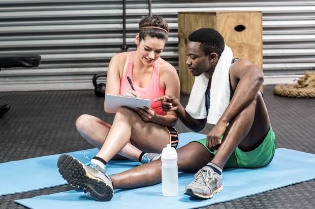 Če bi pisali dnevnik vadbe, bi po nekaj tednih lahko opazili, da ob približno istem času telo ne zmore običajnih …