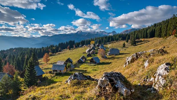 Ideja za izlet: Zajamniki - ponujajo najlepši razgled na bližnje dvatisočake (foto: Shutterstock)