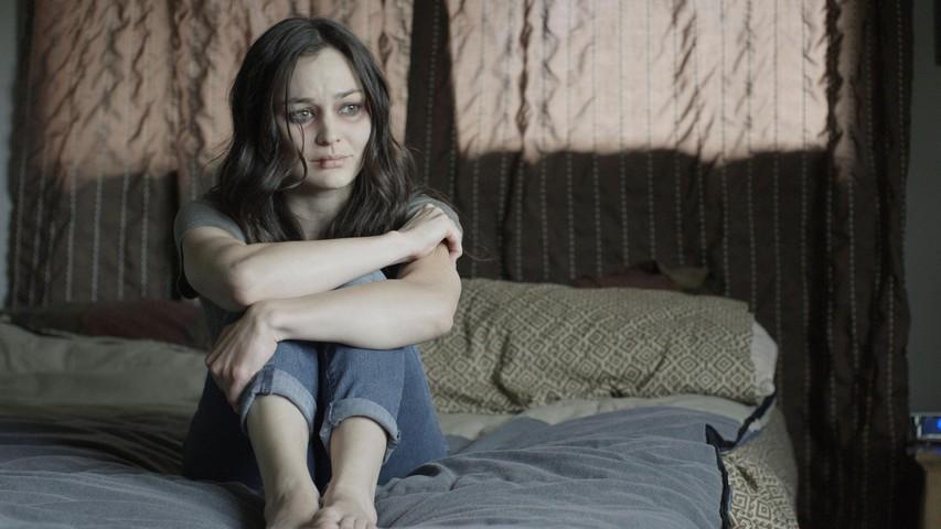 Depresija: Kako jo prepoznati (+ kako pomagati osebi, ki se z njo spopada)