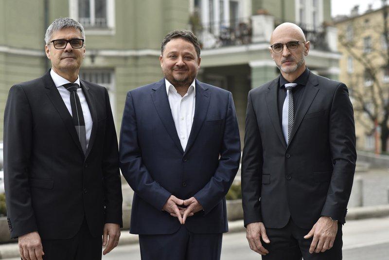 Dr. Boris Krajačič, Tomaž Drozg in dr. Dorjan Marušič.