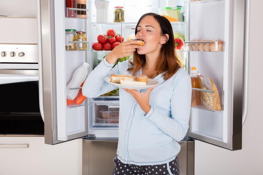 To se dogaja z vašim telesom, ko zaužijete preveč sladkorja