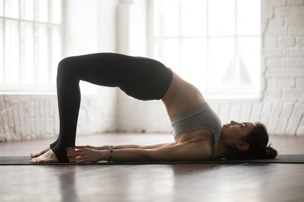 Dvigovanje zadnjice Vsi, ki imate napete mišice v vratu in zadnjici, boste občutili olajšanje. Če veliko sedite, je to odlična ...