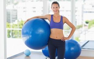 Spomladanski izziv z žogo: Sestavimo trening za noge, trebuh in hrbet!