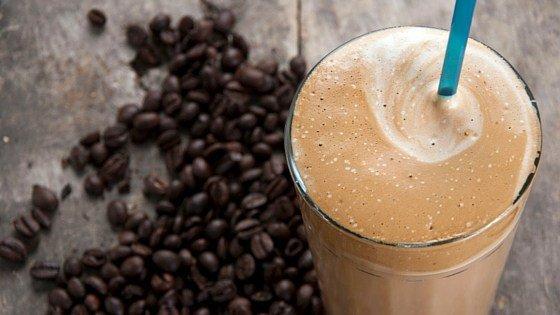 beljakovinski napitek s kavo vas bo poživil