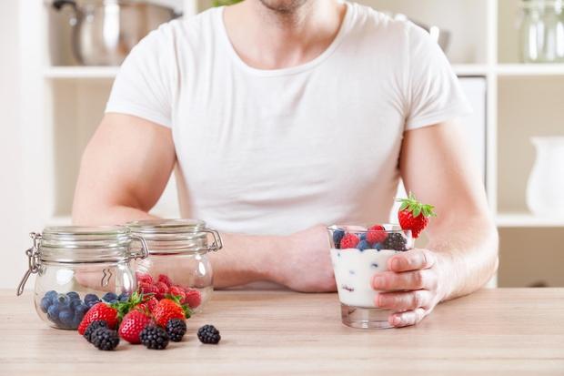 Uživanje jogurta Ponoči je imunski sistem zelo zaposlen, zato je hvaležen za novo dozo dobrih bakterij, ki jih dobimo z …