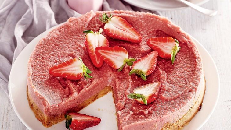 Odlična presna jagodna skutna torta (foto: Profimedia)