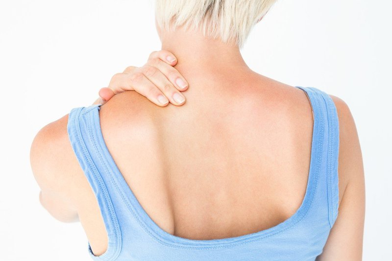 bolečina v vratu