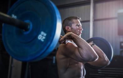 Kako okrepiti (in pridobiti) mišice, če ste naravno vitki