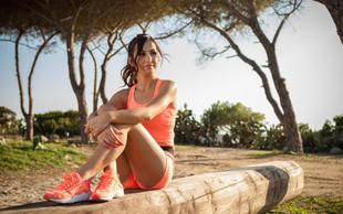 1 vaja za utrjevanje trebušnih mišic, zadnjice in nog