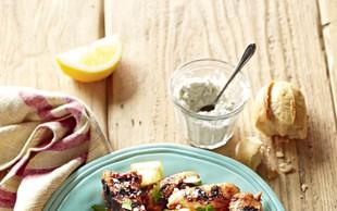 Perutničke in kotleti s sirovo pomako