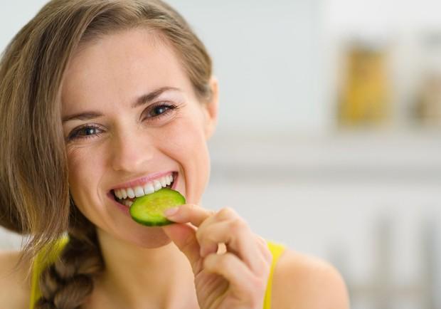 Močen srčno-žilni sistem Kumare so sestavljene iz antioksidantov, med drugim tudi iz flavonoidov, ki vas ščitijo pred boleznimi srca. Pozitivne …