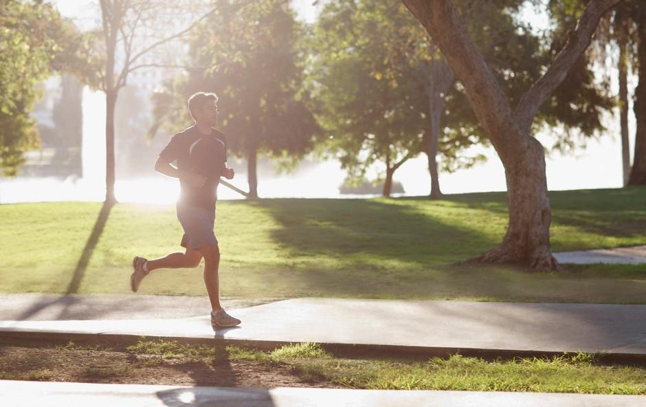 Vprašali smo trenerja: Kako pogosto in kako dolgo naj tečejo tekači začetniki? (foto: profimedia)