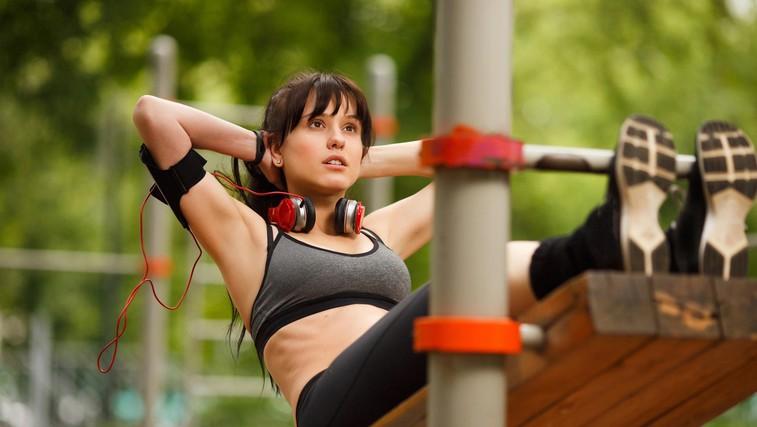 5 korakov za izgubljanje maščobe na trebuhu, ki vas pripeljejo do lepih rezultatov (foto: profimedia)