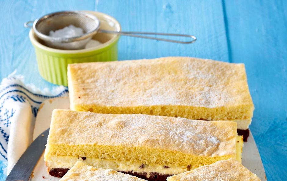 Tribarvni kolač (foto: Profimedia)