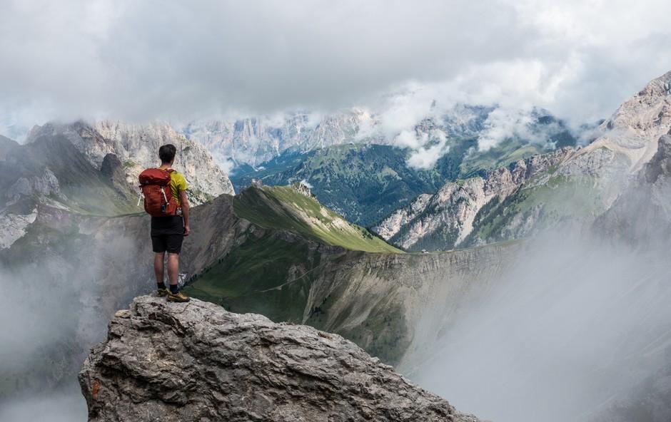 Zakaj tako radi hodimo v gore? (foto: unsplash)