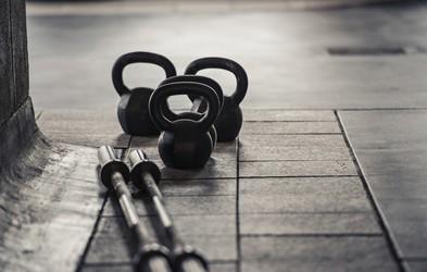 Zakaj ob rednih treningih z utežmi ne opazite poudarjenih mišic?