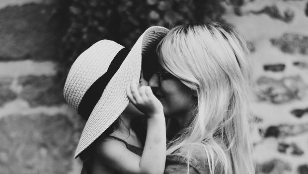 43 stvari, ki jih boste želeli povedati svojemu otroku (foto: Caroline Hernandez | Unsplash)