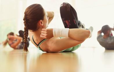 Nekaj minutna vadba, ki jo lahko opravite kar doma