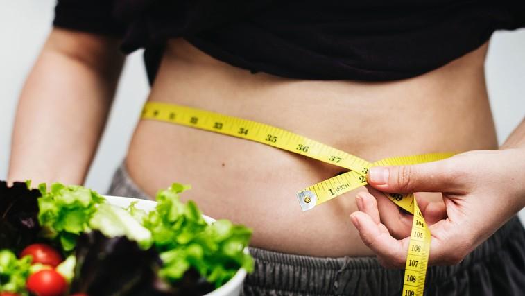 3 koraki - če se želite znebiti maščobe na trebuhu (foto: Rawpixel | Usplash)