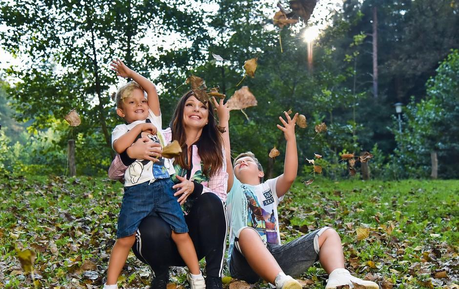 """Natalija Verboten iskreno o svoji družini: """"Najraje se igramo v naravi"""" (foto: Natalija Jelušič Babič)"""