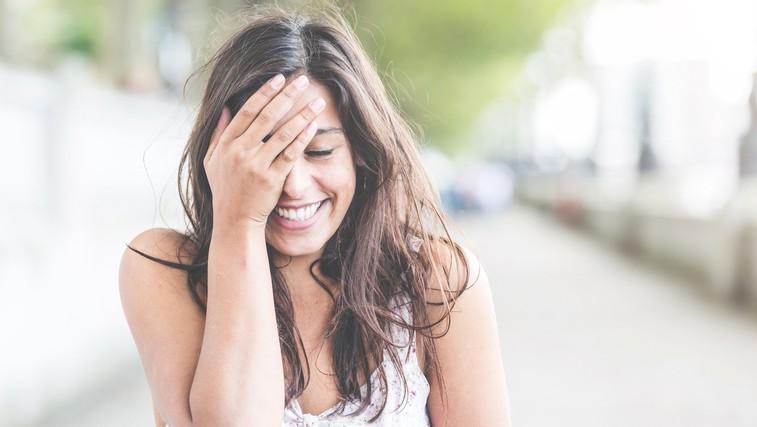7 korakov, ki vam bodo pomagali, da boste do najpomembnejše osebe v svojem življenju bolj prijazni (foto: Profimedia)