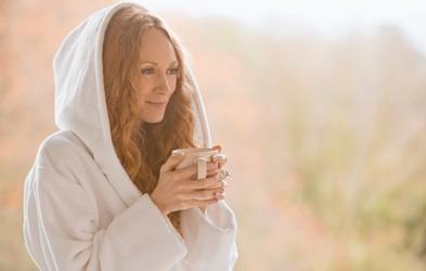 Kako nadgraditi ustaljeno jutranjo rutino? (+ recept za francosko obarvan slasten zajtrk)