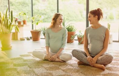Zakaj bi morali telovaditi tudi med nosečnostjo?