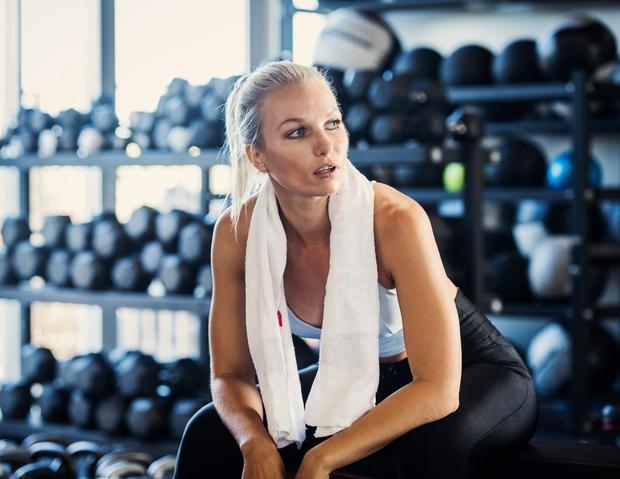 Koliko časa potrebujete, da se preoblečete po vadbi? Se v potnih oblačilih odpravite domov, ali se preoblečete takoj, ko zaključite …