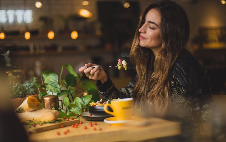 Ali so vaše prehranjevalne navade v resnici zdrave? Naredite test (foto: Pablo Merchán Montes | Unsplash)