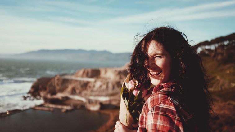 Če želite biti srečni, se odpovejte tem 10 stvarem (foto: Jeremy Cai   Unsplash)