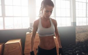 TO je vaja, s katero boste NAJHITREJE izklesali trebušne mišice (dokazano!)
