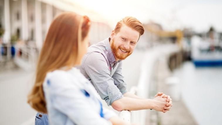 7 nepričakovanih znakov, ki razkrivajo, da ste nekomu (zares) všeč (foto: profimedia)