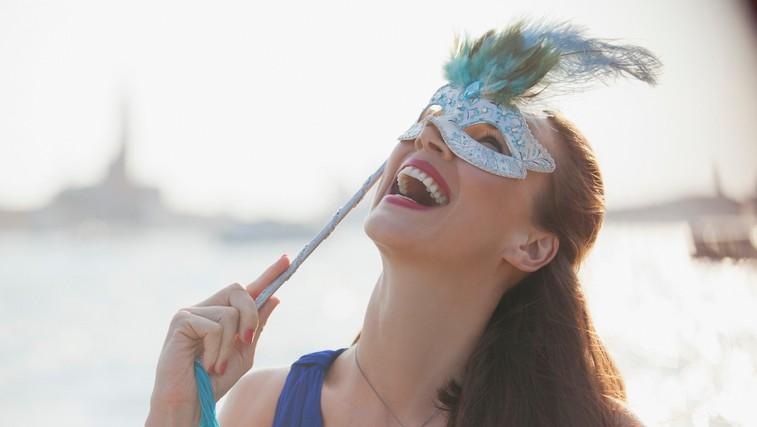 Si upate odvreči masko ali kaj je sindrom prevaranta? (foto: Profimedia)