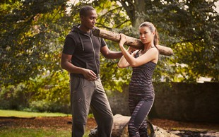 Vaje s pripomočki, ki jih najdete v naravi: prestavite treninge na prosto
