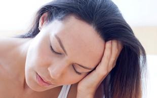 Perimenopavza – kaj se že pred menopavzo dogaja z vašimi hormoni (+ 4 nasveti, kako zmanjšati število simptomov)