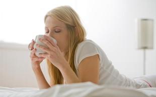 Pred spanjem pripravite napitek za hujšanje (potrebujete le 3 sestavine!)