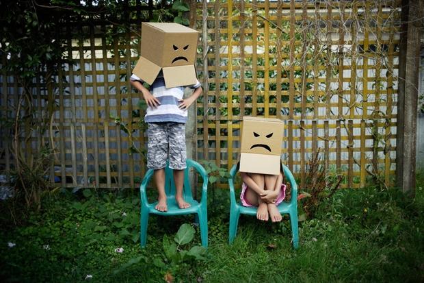 OTROK NA SVET NI PRIŠEL Z NAVODILI ZA ČUSTVA Otroci posnemajo vse, kar počnete in rečete, čeprav se tega vedno …