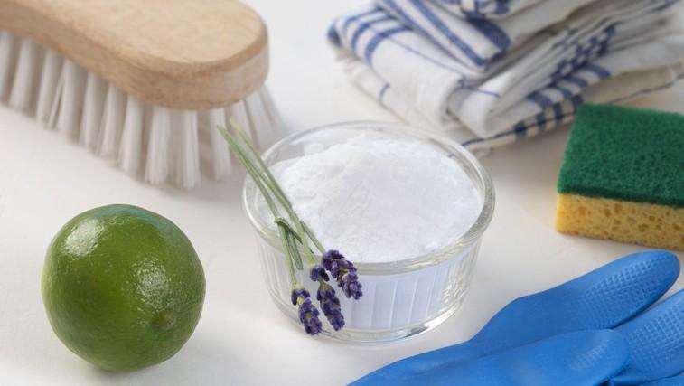 9 naravnih čistil za vsak prostor v vašem stanovanju, ki jih lahko pripravite sami (foto: Profimedia)