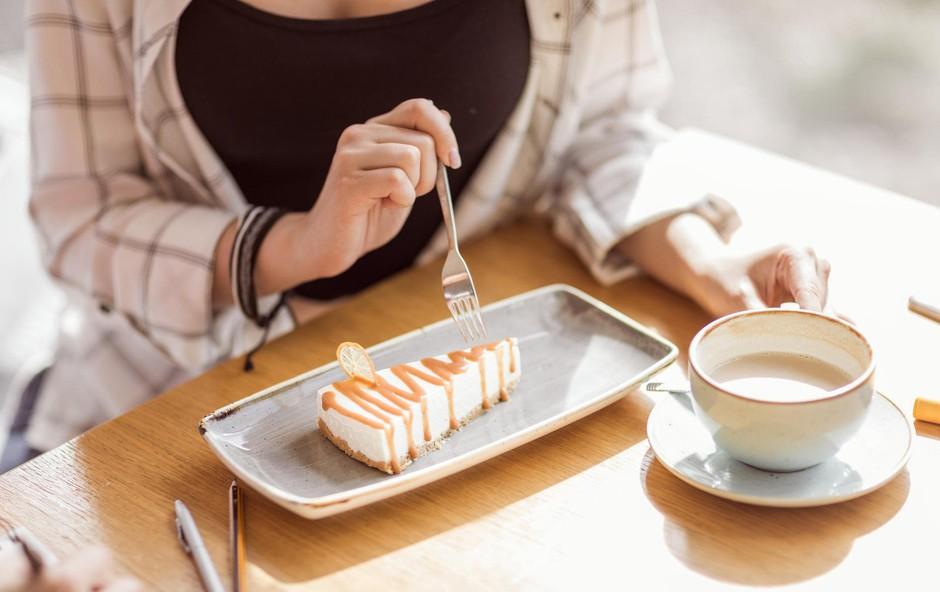Uredništvo na (sladkorni) dieti: Zdržimo 40 dni brez sladkorja? (2. del) (foto: profimedia)