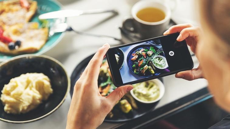 Zakaj vam prehranski nasveti vplivnežev na družbenih omrežjih škodujejo? (foto: profimedia)