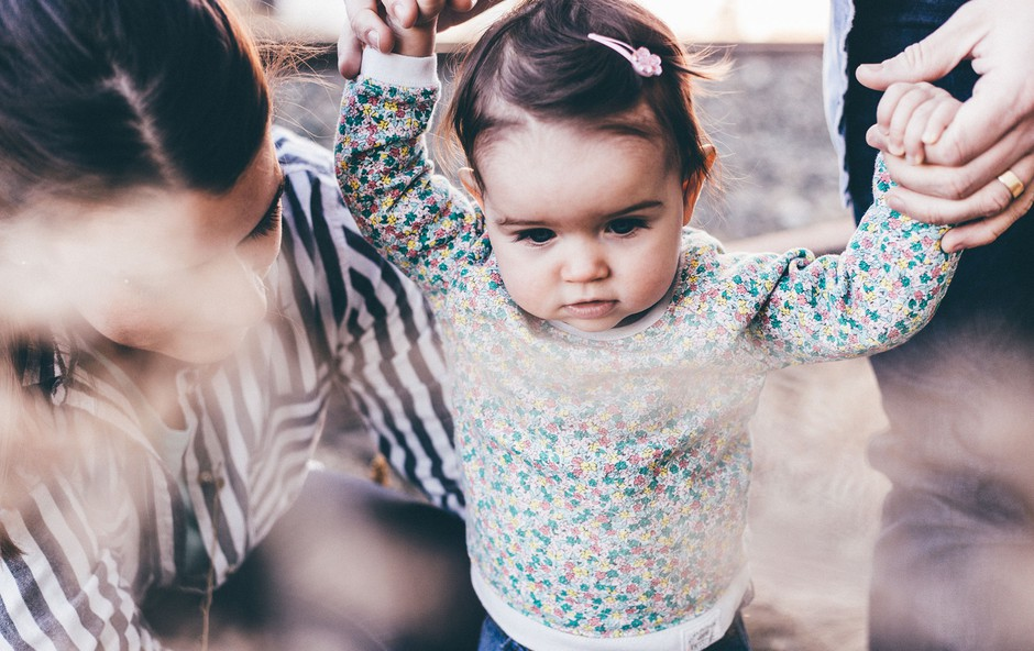 Kako ravnati v času negotovosti? Tu je 10 nasvetov, ki povezujejo družino (foto: Priscilla Du Preez | Unsplash)