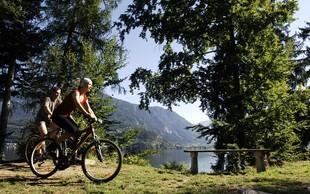 Najlepše kolesarske poti ob jezerih in rekah
