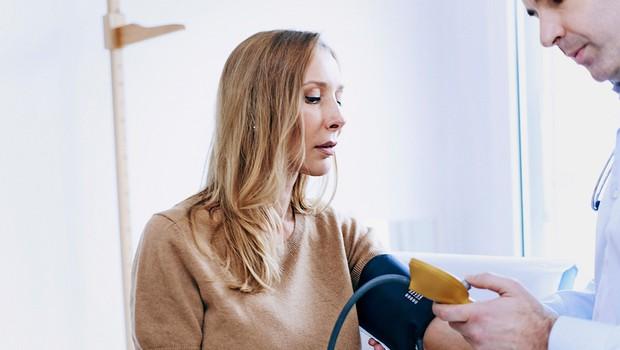 Zakaj je pomembno poznavanje vrednosti krvnega tlaka? (foto: Profimedia)