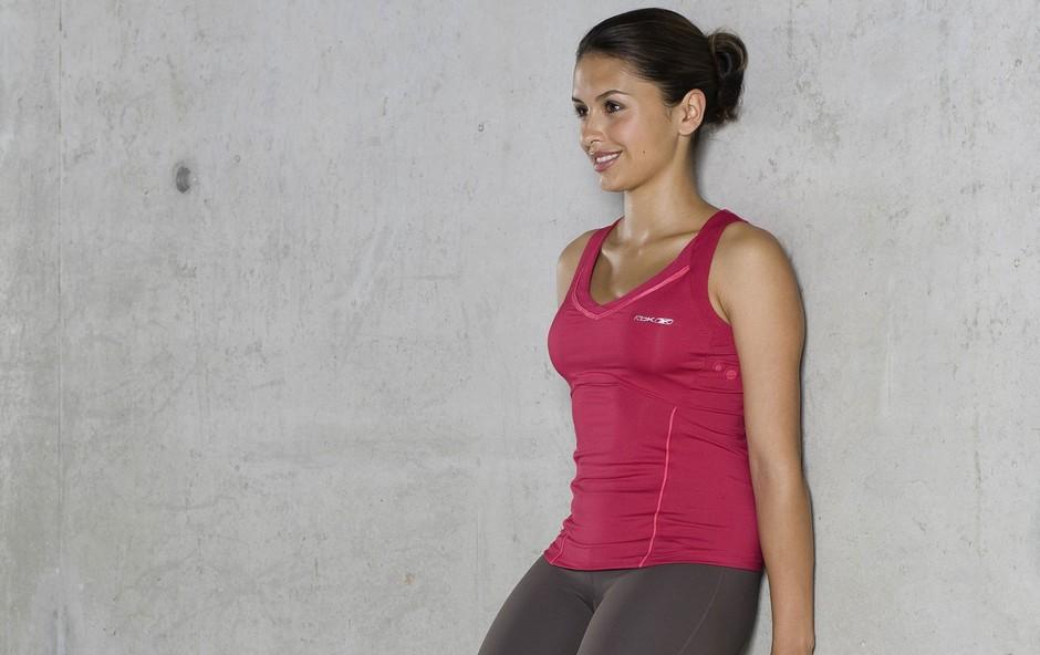 3-minutna vadba, s katero izboljšate telesno držo in preprečite bolečine v vratu, ramenih in križu (foto: Profimedia)