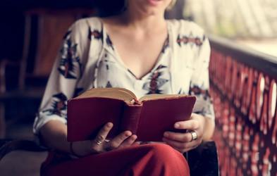 Zaljubljeni v knjige: Branje med vrsticami vam da odgovore na vsa vprašanja