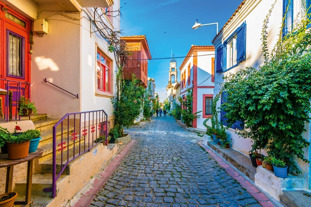 BOZCAADA Turčija Velikost: 39 km² Bozcaada ali po grško Tenedos je otok v Egejskem morju tik ob turški obali, kjer …