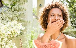 Zakaj je lubenica obvezen del poletja? (+ osvežilna maska za obraz in slasten recept)