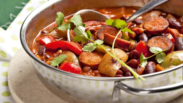 Fižol s papriko in klobaso (foto: Profimedia)
